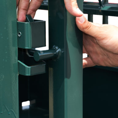 covered horse hay feeder latch 1