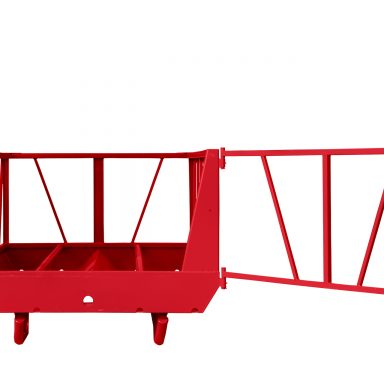 Big bale feeder for cattle with end gate open