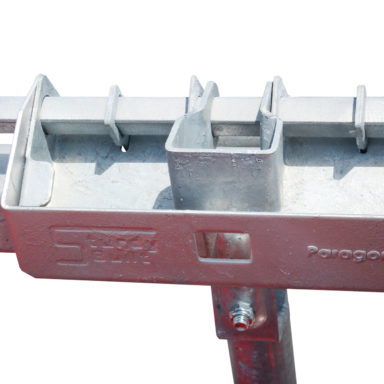 individual release for the cattle headlock feeder