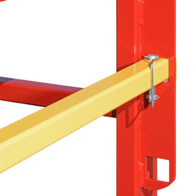 yellow metal bar inserted in red bar in creep feeder