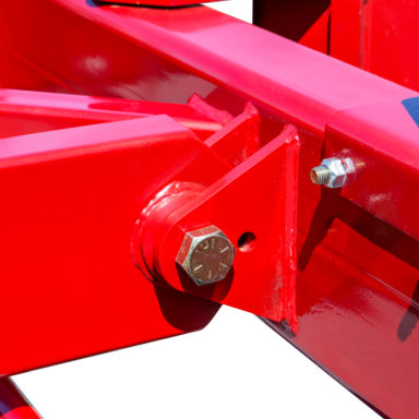 two ball joints on the articulating wagon gear
